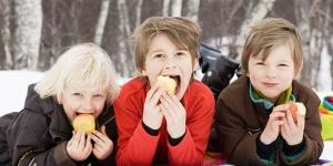 trik-mudah-agar-jagoan-kecil-makan-sehat_big